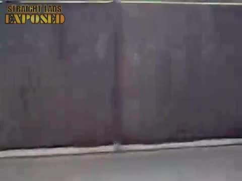Danny Gardner streaks a bowls game