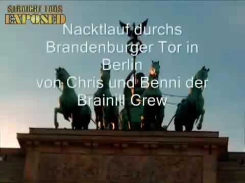 Nackt durchs Brandenburger Tor