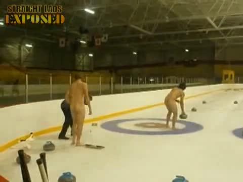 Nude Curling