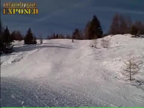 Snowboard streaker
