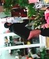 florist streaker