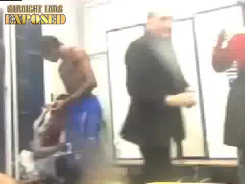 antar yahia caught locker room
