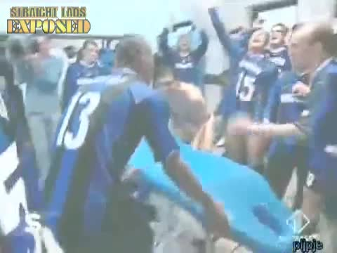 inter milan football players celebrate