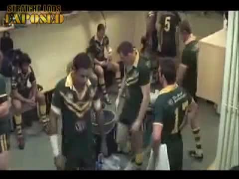 jarryd hayne ass in locker room
