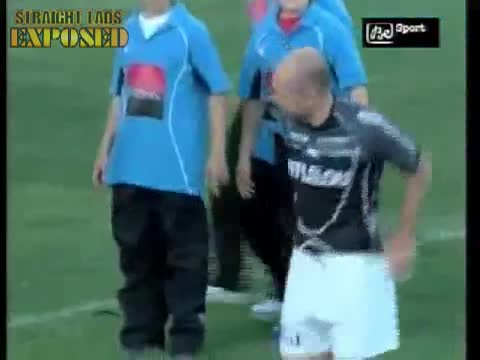player pulls moons on pitch