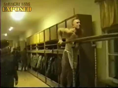 army lad loses towel