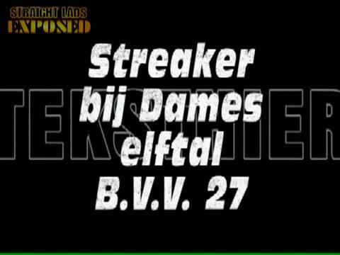 Streaker bij BVV 27 dames elftal in Blitterswijck