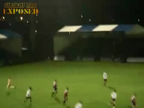 streaker vs chucks varsity 2009