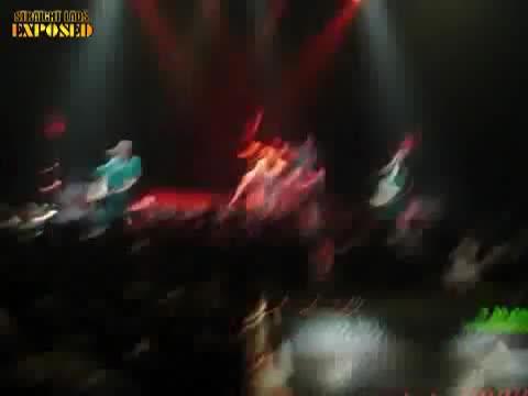Dimlpe Minds concert vocalist naked